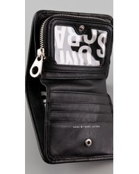 Marc By Marc Jacobs | Black Totally Turnlock Short Snappy Wallet | Lyst