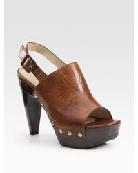 Stuart Weitzman | Brown Bold Leather and Wooden Peep Toe Clogs | Lyst