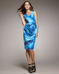 Vera Wang | Blue Wave Print Dress | Lyst