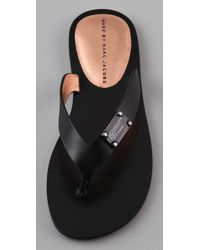 Marc By Marc Jacobs | Black Logo Plaque Leather Flip Flops | Lyst