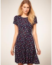 Oasis | Blue Parrot Print Tea Dress | Lyst