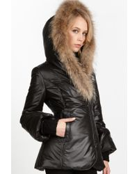 Mackage - Black Peaches C Short Puffer Jacket with Coyote Fur Trim - Lyst