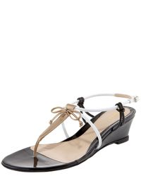 Fendi | Natural Bow Wedge Thong Sandal | Lyst