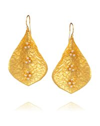 Kevia | Metallic 22Karat Gold-Plated Pearl Leaf Earrings | Lyst