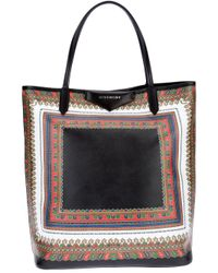 6ee21788d7 Givenchy Antigona Printed Tote Bag in Brown - Lyst