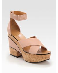 0f59253f7c6 Lyst - Chloé Leather Cork Wedge Sandals in Natural
