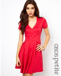 8c7cd093b2c ASOS Asos Petite Exclusive Skater Dress with V Neck in Red - Lyst