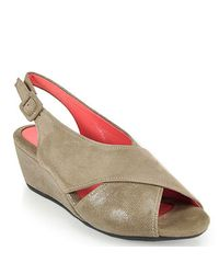 Pas De Rouge | Gray E937 Wedge Sandal in Taupe Suede | Lyst