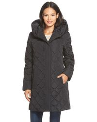 Gallery | Black Pillow Hood Quilted Down & Feather Fill A-line Coat | Lyst