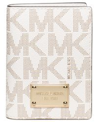 Michael Kors | White Michael Electronics Wallet Battery | Lyst