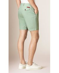 Burberry | Green Cotton Poplin Chino Shorts for Men | Lyst