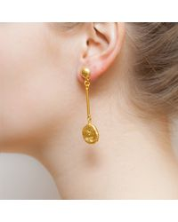 Kastur Jewels - Metallic Art Deco Hammered Long Gold Earrings - Lyst