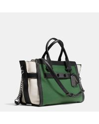 COACH - Green Swagger With Chain In Pebble Leather - Lyst