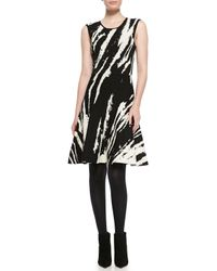 Ohne Titel - Black Core Sleeveless Patterned A-Line Dress - Lyst