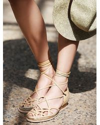 Free People - Natural Jeffrey Campbell Womens Daytona Lace Up Fl - Lyst