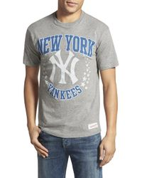 Mitchell & Ness | Gray 'new York Yankees - Shooting Stars' Tailored Fit Graphic T-shirt for Men | Lyst