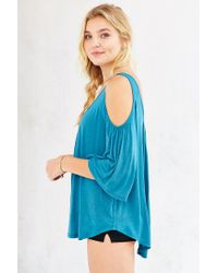 Kimchi Blue | Blue Taylor Cold Shoulder Top | Lyst