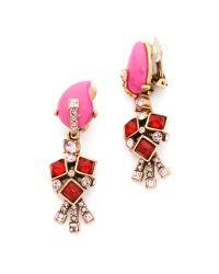 Oscar de la Renta - Resin Flower Earrings - Shocking Pink - Lyst