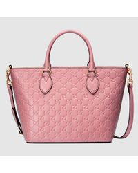 7513b3a94dc2 Gucci Signature Leather Tote in Pink - Lyst