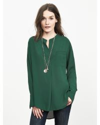 Banana Republic | Green Drapey Crepe Blouse | Lyst