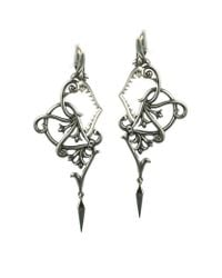 Stephen Webster | Metallic Les Dents De La Mer Filigree Earrings | Lyst