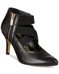 Bella Vita | Black Diza Pumps | Lyst