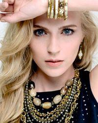 Ashley Pittman - White Vidogo Light Horn Clover Drop Earrings - Lyst