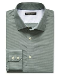 Banana Republic | Green Slim-fit Non-iron Micro-gingham Shirt for Men | Lyst