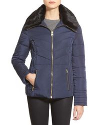 Guess - Blue Faux Fur Collar Quilted Jacket - Lyst