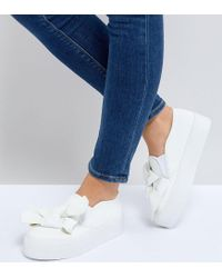 ASOS - White Asos Discovery Wide Fit Bow Flatform Plimsolls - Lyst