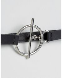 Retro Luxe London | Black Metal T-bar & Ring Leather Belt | Lyst