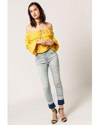 8b8452fd587 Lyst - Hudson Zoey Mid Rise Crop Jean