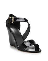 Stuart Weitzman | Black Lineone Patent Leather Wedge Sandals | Lyst
