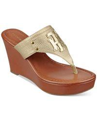 Tommy Hilfiger | Metallic Madison Platform Wedge Thong Sandals | Lyst