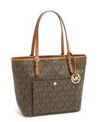 MICHAEL Michael Kors | Brown 'large Jet Set' Signature Snap Pocket Tote | Lyst