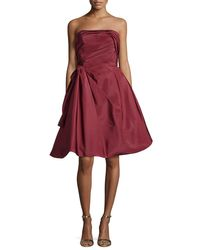 Oscar de la Renta | Red Strapless Ruched Cocktail Dress | Lyst
