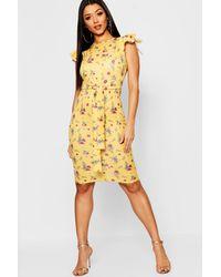 8f2b3a26b821 Boohoo Floral Print Frill Belted Midi Dress in Yellow - Lyst