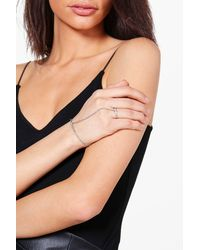 Boohoo - Metallic Mia Diamante Bar Detail Dainty Hand Harness - Lyst