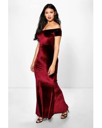 6d2c3b8dfebf Lyst - Boohoo Luci Off Shoulder Velvet Fishtail Maxi Dress in Black