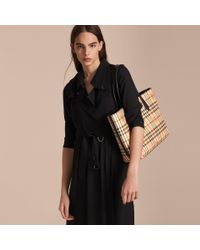 Burberry   The Medium Reversible Tote In Haymarket Check And Leather Black   Lyst