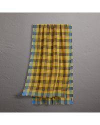 Lyst - Écharpe en laine et soie à motif check Burberry b5a1d34cace