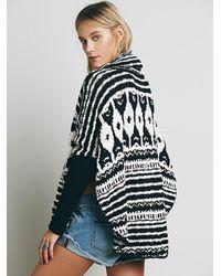 22fbda53eb Free People Rosie Lee Poncho Sweater - Black/White Combo in Black - Lyst