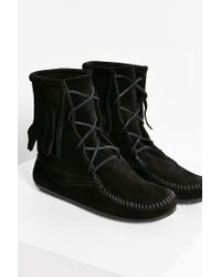 Minnetonka | Black Tramper Boot | Lyst