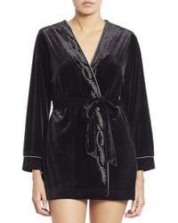 Oscar de la Renta - Black Embroidered Velvet Short Wrap Robe - Lyst
