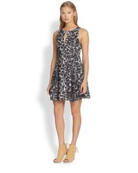 Joie - Gray Tavie Printed Silk Dress - Lyst