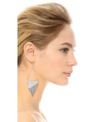 Iosselliani - Metallic Fringe Triangle Earrings - Silver - Lyst