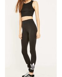 the latest 665f5 1feac adidas Originals. Womens Black Trefoil Leggings