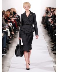 Oscar de la Renta - Black Stretch Flannel Pencil Skirt - Lyst