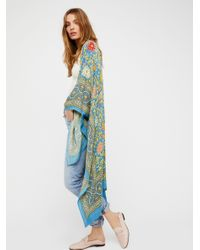 Free People | Blue Magic Dance Border Print Kimono | Lyst