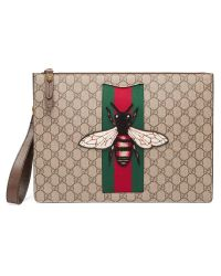 f1527983ca7 Lyst - Gucci Gg Supreme Men s Bag With Bee for Men